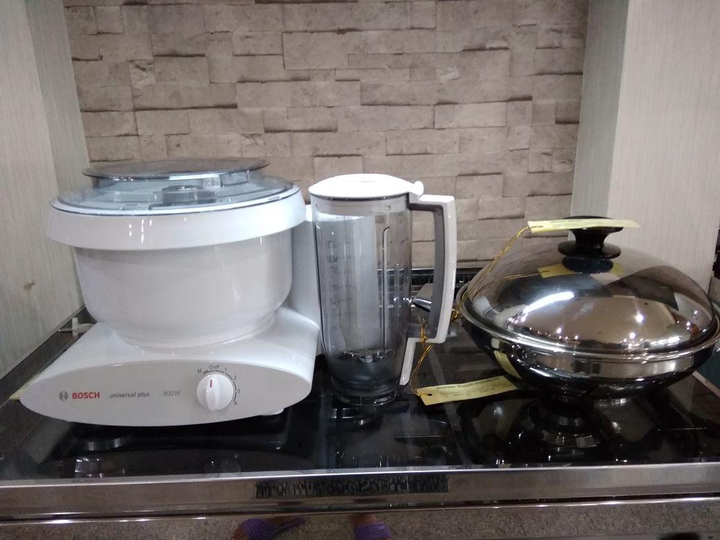 Jual Mixer Bosch Universal MUM 6N11
